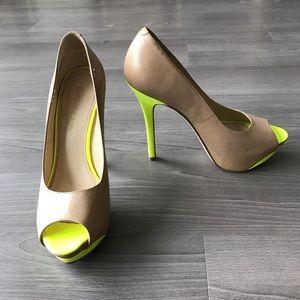 Enzo Angiolini peep toe platform heel yellow/nude